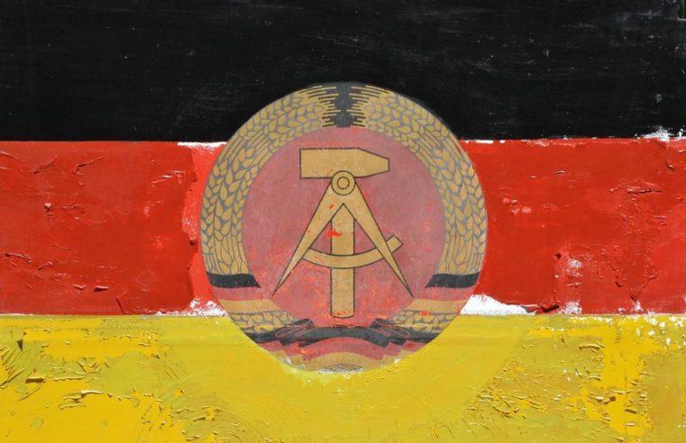 Суд в Берлине: моббинг из-за восточногерманского происхождения — не дискриминация
