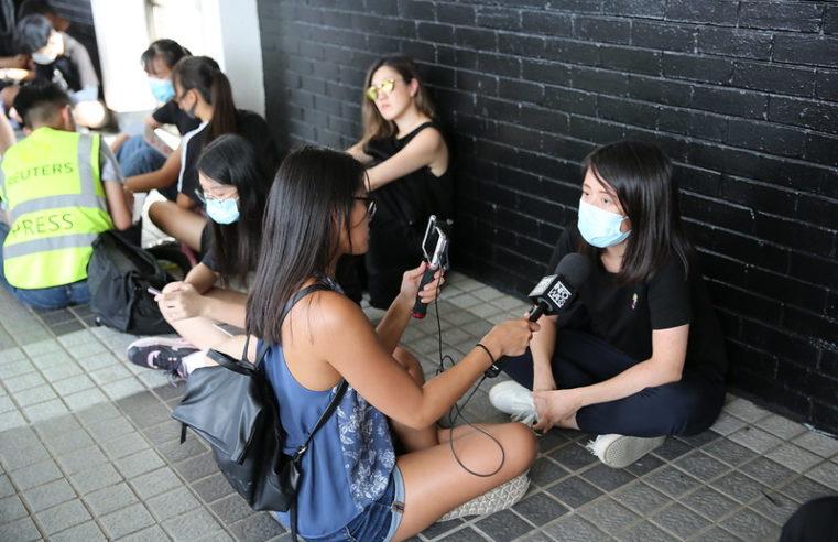 In Hongkong stürmte die Polizei eine Universität, an der sich Proteststudenten verbarrikadierten