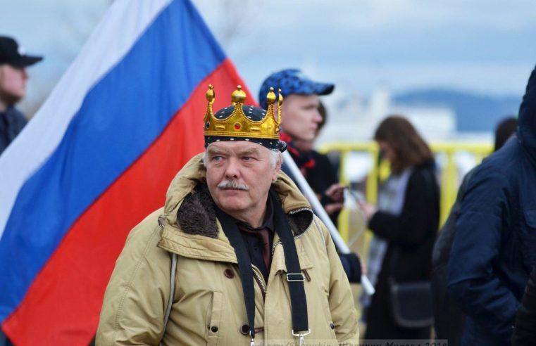 """Blogger Aleksei Trunov verbarrikadierte sich in """"Newski Passage"""" und forderte die Vollstreckung der Gerichtsentscheidung"""