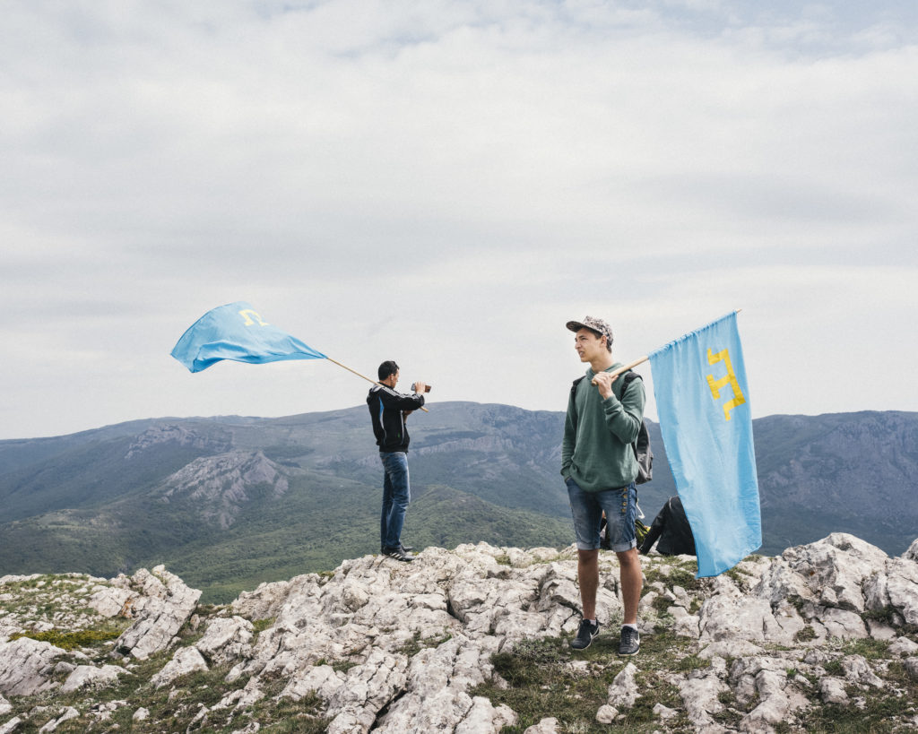 Германия осудила новые обыски в домах крымских татар в Крыму